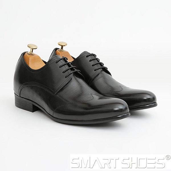 Thời điểm thích hợp nhất để mua giày da tăng chiều cao nam là buổi tối