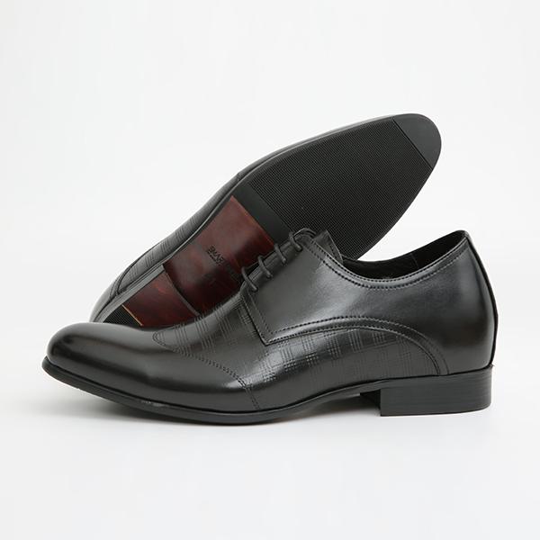 Thiết kế ưu việt tạo nên điểm hấp dẫn của dòng sản phẩm giày nam tăng chiều cao