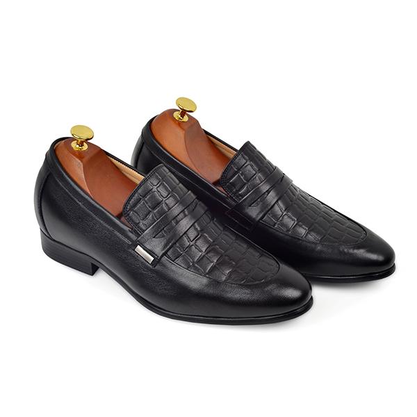 Giày tăng chiều cao là phụ kiện được nhiều quý ông yêu thích